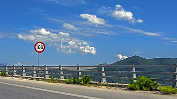 Driving rules and their peculiarities in Greece